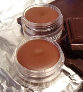 Оригінальний подарунок подрузі - шоколадна помада і бальзам для губ!