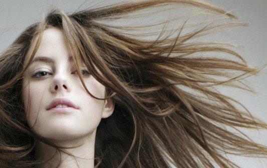 Довге волосся - це жіночно
