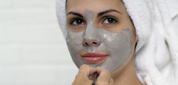 Маски з білої глини для проблемної шкіри