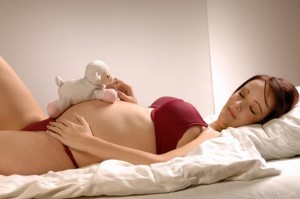 24847_pregnant-woman-sleeping