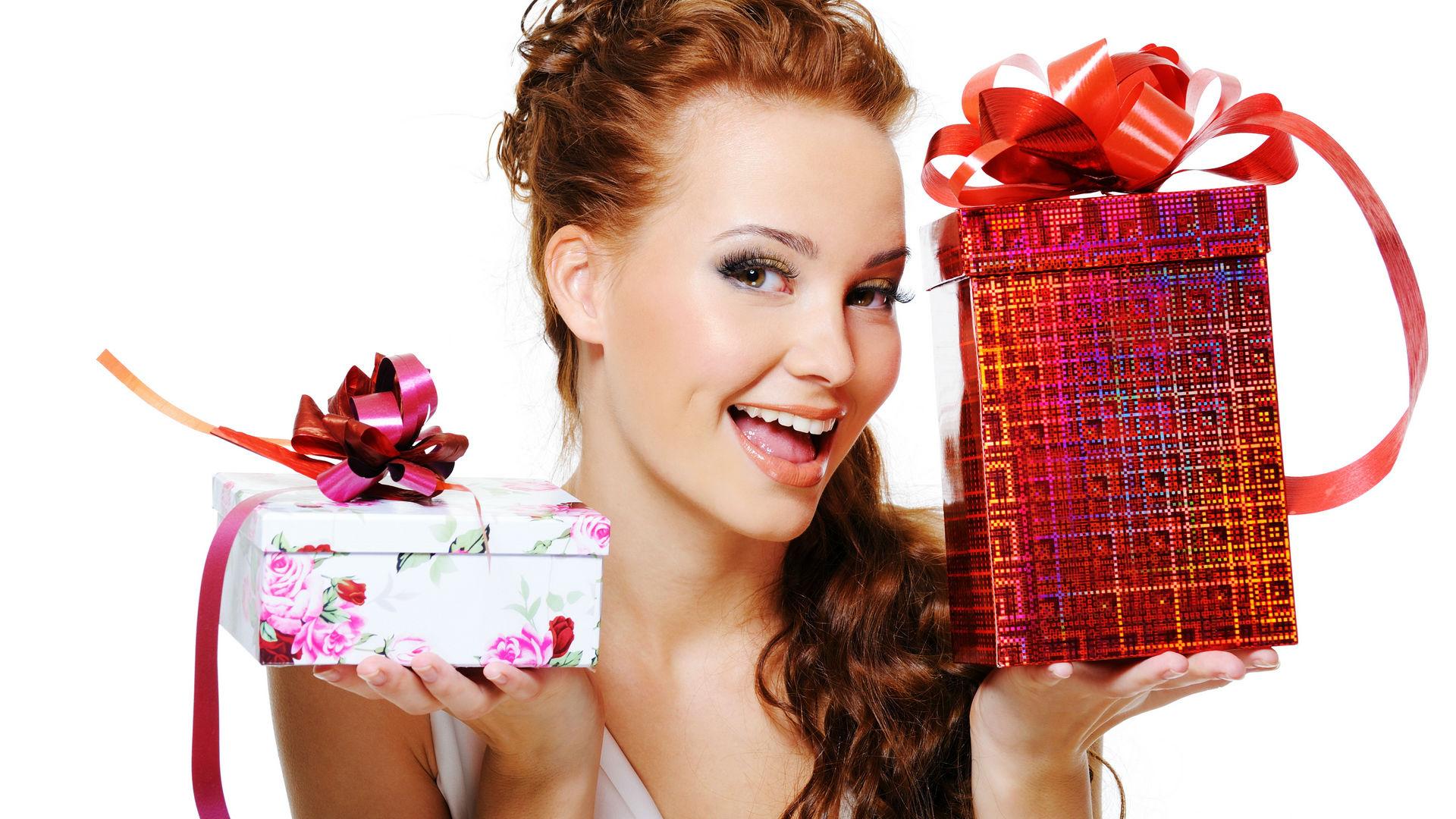 Красивые фото подарков для девушек