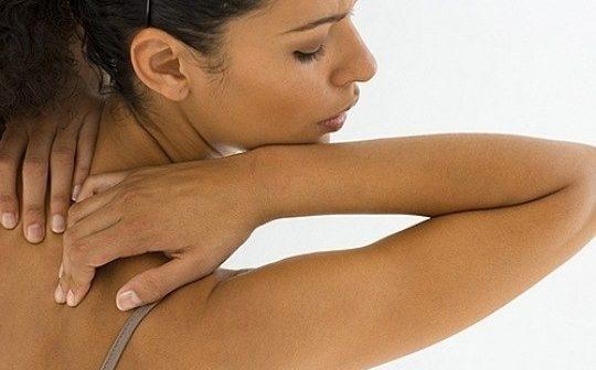 Прищі на тілі: як позбутися неприємної проблеми?