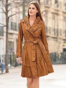 Жіночий шкіряний одяг - ключ до інтриги