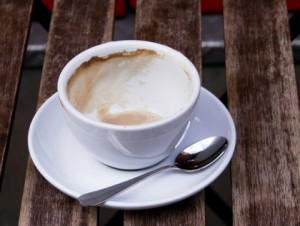 4 чашки кави в день збільшують ризик смертності у два рази