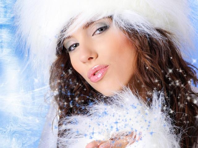 Зима не щадить жіночу красу і молодість