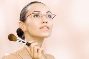 Ідеальний макіяж під окуляри