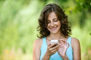 Як правильно взяти у дівчини телефон