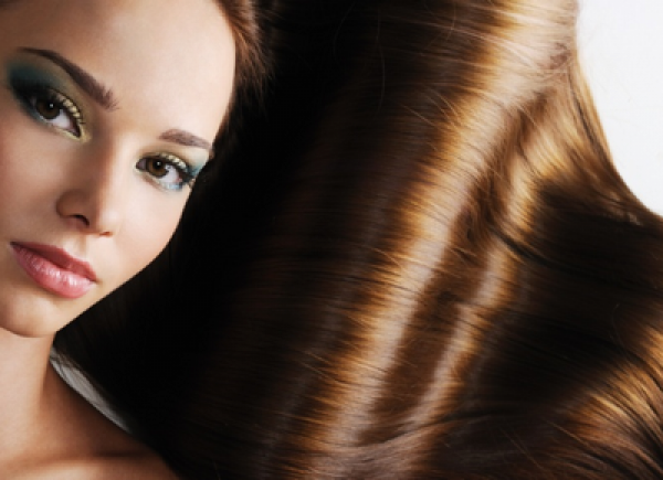 Елюмінування волосся: відновлення і чарівний блиск