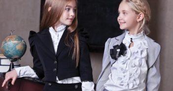 Недорогие модные блузки для девочек