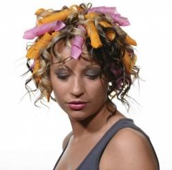 Хвилясте волосся: повернення до жіночності