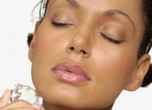 Косметичний лід для сухої і чутливої шкіри