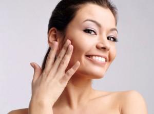 Чи сушить тональний крем шкіру?