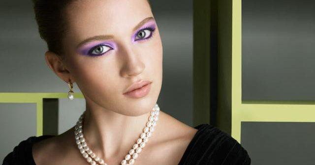 Яскравий макіяж - виразно, але не вульгарно